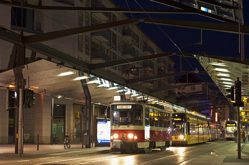 T6A2-Wagen 226 001 am Postplatz