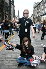 Sell 053 (Terry Moran aka Tezzer57) Tags: edinburgh candid royalmile sell promote sayit edinburghfringe stivesyouththeatre whatiwanttosaybutneverwill tapetwats