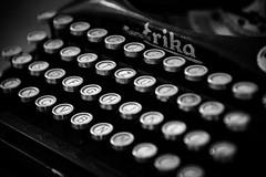 QWERTZ (traario) Tags: old blackandwhite typewriter vintage keys letters erika schwarzweiss schreibmaschine