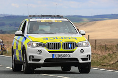 Tour de Yorkshire (jumpandwave) Tags: road bicycle race canon official support tour 4x4 yorkshire police cycle bmw emergency patrol jumpandwave tourdeyorkshire