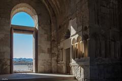 Amman sunlight (Faidate) Tags: amman islamic jordan umayyad arches citadel dome ruins sunlight
