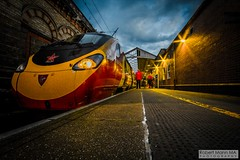 CreweRailStation2016.10.22-66 (Robert Mann MA Photography) Tags: crewerailstation crewestation crewe cheshire station trainstation trainstations train trains railway railways railwaystation railwaystations railstations railstation virgintrains virgintrainspendolino class390 class390pendolino pendolino northern northernrail class323 eastmidlandstrains class153 class350 desiro class350desiro arrivatrainswales class158 towns town towncentre crewetowncentre architecture nightscapes nightscape 2016 autumn saturday 22ndoctober2016 londonmidland