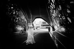 runaway bride (ElBiSt (Bianca Stoicheci)) Tags: people streetphotography streetbw streetlife streetpassion bw blackandwhite antwerpen fietsersbrug monochrome antwerpenstad