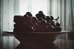 Evening grape (allejandrine) Tags: grape stillife light shadow black