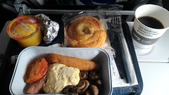 Flightmeal at British Airways Flight BA 15 from London Heathrow (LHR) to Singapore Changi (SIN) (Boeing 777-300ER - G-STBK) (Loeffle) Tags: 102016 england grosbritanien greatbritain london heathrow singapore singapur singapura changi airport flughafen lhr sin flug flight ba ba15 britishairways boeing boeing777 boeing777300 boeing777300er gstbk economy flightmeal flugmen