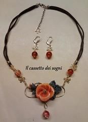 parure ibisco arancione (Il cassetto dei sogni) Tags: artigianale pastadimais parure collana orecchini ibisco arancione