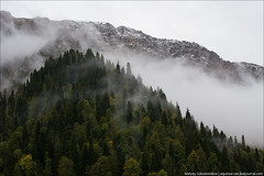 Снег на Пшегишхве и облака (equinox.net) Tags: 70300mmf4556 f90 1400sec 70mm iso800