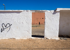 Moroccan tristesse (Georgie Pauwels) Tags: moroccan tristesse street geometr geometry streetphotography candid olympus morocco