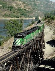 Boundary WA Tuesday August 20th 1991 1110PDT (Hoopy2342) Tags: train rail railway railroad boundarywashington washington washingtonstate wash wa northport bn burlingtonnorthern bridge columbiariver