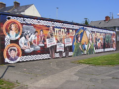 Mna na hEireann - Women of Ireland Irish Republican Mural Derry (seanfderry-studenna) Tags: political cultural historical mural painting gable wall street art artwork bogside derry londonderry doire ireland eire mna na heireann eireann cumann mban irish republican army womens movement ira provisional 1916 brigade politics pows struggle conflict troubles commemoration remembrance