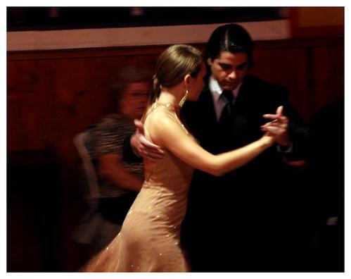 tours tango tour terre argile guidage connexion abrazo comment guider secrets du tango argentin