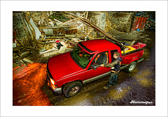 Chevy Truck Diederick Kraaijeveld (Hans Ruijter | RAILSCAN) Tags: wood red portrait hans automotive chevy oldwood fotograaf oudhout ruiter gezocht aangeboden hansruijter diederickkraaijeveld