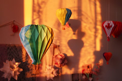 Sunset Balloon Ride in Origami Studio (Katrin Ray) Tags: light sun toronto ontario canada paper studio design origami balloon shadowplay kusudama  sooc straightoutofcamera paperspheres katrinray katrinrayakakatrinshumakov origamihotairballoon origamibyyurikatrinshumakov sunsetballoonrideinorigamistudio