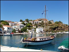 Harbour, Evdilos, Ikaria, Greece. (Tragopodaros) Tags: port island boat mediterranean harbour ikaria icaria aegean bluesky greece fishingboat fishingvillage caique evdilos ikarianenigma bluezone greekhouses neaegean