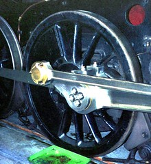 Railways - Flangeless centre driving wheel of BR Standard 9F 2-10-0 92220 Evening Star (Biffo1944) Tags: br swindon railway standard 2100 evening works 9f 92220 star swindon