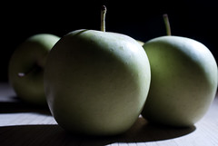 Low key Apples (DClarke2009) Tags: lighting light macro apple fruit sony flash apples manual lowkey lightroom offcameraflash sonyalpha sonyalpha200 minolta2885