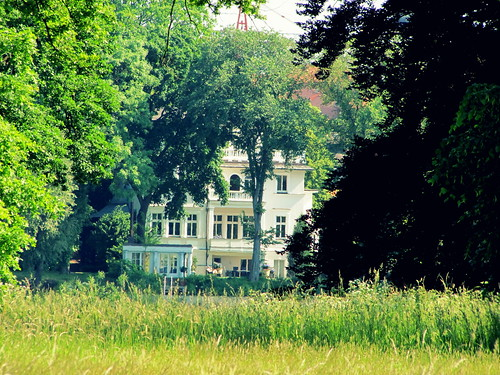 Villa im Park/Mansion