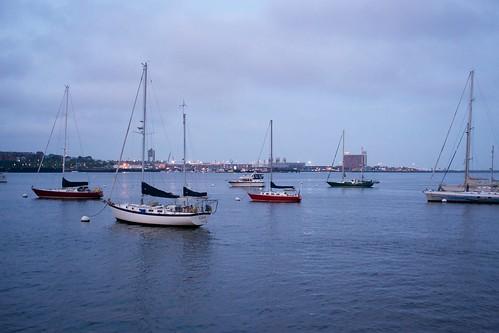 280mmf28 bostonharbor boston boat boats yacht yachts waterfront harbor sailboat sailing