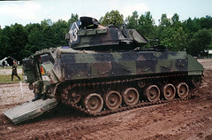 "M3A2 Bradley (2) • <a style=""font-size:0.8em;"" href=""http://www.flickr.com/photos/81723459@N04/9932472975/"" target=""_blank"">View on Flickr</a>"