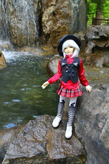 a visit to China (Aria Wings) Tags: china garden doll moe bjd msd dollmore gärtenderwelt dollzone