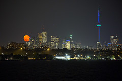 95.1% Waning Moon over T.O. (cjb_photography) Tags: toronto torontolife torontophoto torontoclicks the6ix cntower cn moon moonrise moonlight night nightphotography nighttime nightlights weownthenight