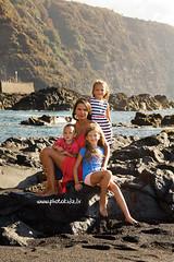 IMG_4394 (dandrix) Tags: family familyphoto photoshoot photographerintenerife          ocean sea beach port childrenphoto