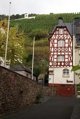 Zell, Rmerstrae (HEN-Magonza) Tags: zell mosel moselle rheinlandpfalz rhinelandpalatinate deutschland germany
