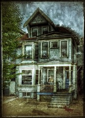 Attic room available... (Sherrianne100) Tags: slidersunday halloween dilapidated hauntedhouse oldhouse