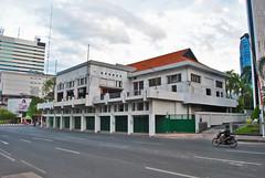 Gedung Eks Bioskop, Sudah Dipugar (BxHxTxCx (using album)) Tags: surabaya building gedung architecture arsitektur