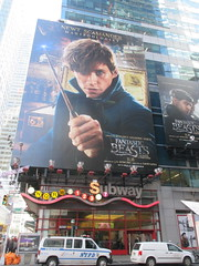 Fantastic Beasts And Where to Find Them 7750 (Brechtbug) Tags: fantastic beasts and where find them harry potter universe continued movie billboard film poster billboards advertisement transportation theatre broadway 7th avenue 45th street near 42nd theater district new york city 11082016 ad pop popular art mural tile two daniel radcliffe ron rupert grint hermione emma watson j k rowling wizarding world etc director david yates eddie redmayne times square nyc