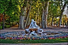 Jardines del Palacio de Aranjuez (Jose Roldan Garcia) Tags: aranjuez jardines esculturas fuentes rboles colores luz