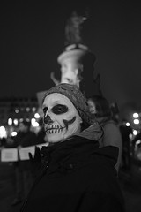 _DSF0152 (sergedignazio) Tags: france paris street photography photographie fuji xpro2 internationale lutte violences femmes