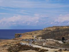 Azur Window (TravelCoupleLove) Tags: azur window azurwindow malta maltese sandstone sandstein ocean ozean meer lagune sky clouds travelling reise wolken blau geld gold