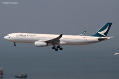 Cathay Pacific (CX/CPA) / A330-343 / B-LAK / 11-07-2016 / HKG (Mohit Purswani) Tags: haze skydeck observationdeck landing arrival 25r hkg hkia clk vhhh hongkong hongkonginternationalairport cheklapkok cathaypacific cx cpa swirepacific swire cathaypacificairways blak newscheme newlivery widebody widebodyaircarft civilaviation commercialaviation spotting planespotting photography aviationphotography ahkgap jetphotos jetphotosnet winglets flight aircraft aviation planes transportation 7d canon7d 100400 canon
