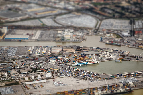 Livorno-harbour_/tilt-shift_version/