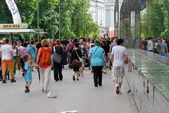 Linzfest 2013 -Tag 2 (austrianpsycho) Tags: people storm linz leute wind windy stormy menschen sturm lentos aufbruch windig menschenmassen linzfest stürmisch 19052013 linzfest2013 flüchten
