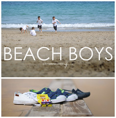 Beach boys (J. Tiogran) Tags: beach children nikon shoes 85mm playa nios nikkor 18 julin solana serrano zapatillas villajoyosa lavilajoiosa lavila d5000