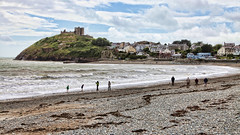 Criccieth Castle (abstract_effects) Tags: light sky beach weather june wales clouds shore criccieth canonef24105mmf4l 2013 abstracteffects canoneos5dmk2