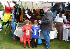 Africa Oye (Puerto De Liverpool.) Tags: england music liverpool concert stalls seftonpark merseyside liverpoolfc toxteth annualfestival freefestival aigburth evertonfc africanmusicfestival africanculture europeancapitalofculture2008 liverpoolculture afriacoye theukslargestfreecelebrationofafricanmusicandculture