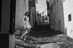 Cadaqus Walk (unoforever) Tags: street people woman monochrome photography calle mujer gente streetphotography streetphoto cadaques fotografa spmonochrome unoforever