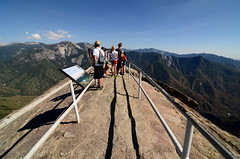 Magnificient view of Sierra Nevada Mountain Range (Vishals ClickOgraphy) Tags: california nikon sequoia sequoianationalpark d7000