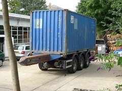 Combi Trailer [Part 3] (smith.rodney74) Tags: flowers trees shadow cars greenery pallets wastebin airtanks