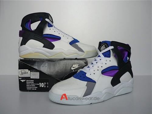 9490f5eeca75e ... low cost unworn vintage nike air huarache sport shoes ab53e 748dd ...