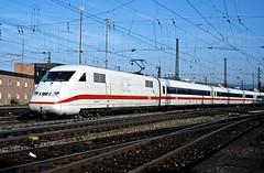 402 010  Ulm Hbf  06.09.02 (w. + h. brutzer) Tags: ulm eisenbahn eisenbahnen train trains deutschland germany ice railway zug db 402 webru analog nikon