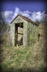Shelter? (Tiermanikon) Tags: scotland nikon aberdeenshire shelter hdr photomatix hattonoffintray d7000