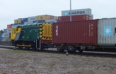 Shunter 08531 shunting at Felixstowe Central Terminal.    14 05 2015 (pnb511) Tags: port train suffolk track engine railway loco trains container locomotive heavy freight felixstowe haul freightliner intermodal gronk