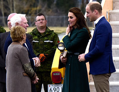 Royal Visit to Whitehorse 2016 (Canadian Army | Arme canadienne) Tags: juniorcanadianrangers hisroyalhighnessprincewil hisroyalhighness royalvisittowhitehorse2016 1canadianrangers outdoors exterieur females femmes males hommes civils nunavut north nord research recherches drdc rddc trial essais ice glace snow neige whithorse yukon canada