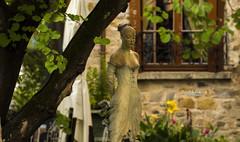 Mon coup de coeur !! (Tra Te E Me (TTEM)) Tags: lumixfz1000 photoshop cameraraw sculpture statue jardin village seineetmarne barbizon peintres fleurs france