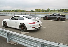 7.6 (FourOneTwo Photography) Tags: porsche911gt3 991 pittsburghinternationalracecomplex auto car exotic sportscar supercar fouronetwophotography