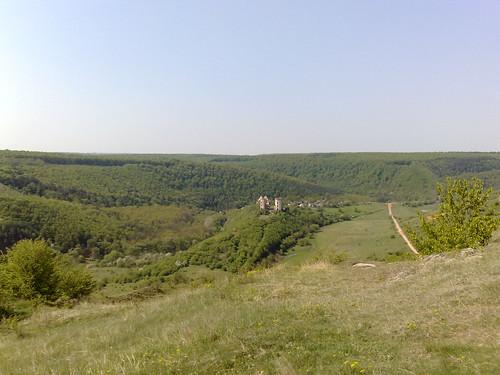 Вдалечині - Червоногод